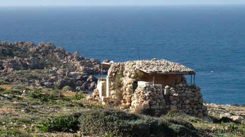 Steinhaus an der Gnejna Bay