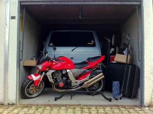 Moped, Bus, Kiste