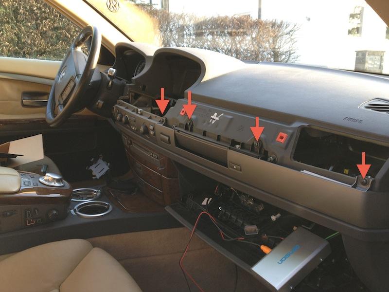 BMW e65 745i Edelholzleiste Panel ausbauen Blende CD-Wechsler Dension Gateway