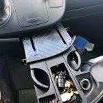 Induktives Laden des iPhones im VW-Bus T5 – Teil 5: Ausbau der Schublade im Cockpit
