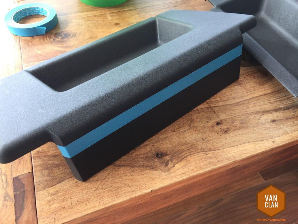 verkleidungen der sitze anpassen nach einbau einer drehkonsole im t5. Black Bedroom Furniture Sets. Home Design Ideas